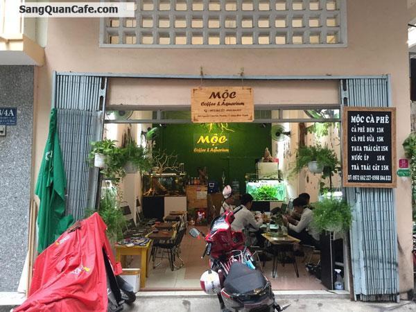 Sang quán cafe vi trí kinh doanh thuận lợi