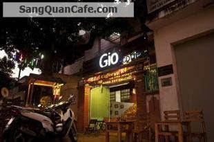 Sang Quán Cafe vỉa hè gần góc ngã tư Lạc Long Quân