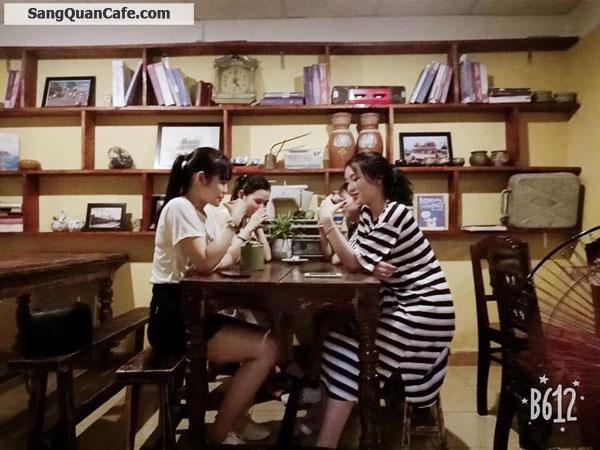 Sang Quán Cafe View Cực Kì Đẹp Với Phong Cách Cổ Xưa.