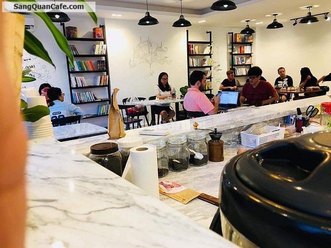 Sang quán Coffee shophouse Sky Center Phổ Quang đang kinh doanh tốt