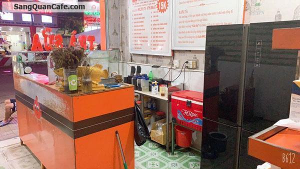 Sang quán trà sữa - Cafe  Vỉa hè rộng